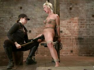 blonde slave and a skilful lint