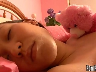 Asin Pleasantheart Amai Liu Acquires Her Face Hole Attacked Hard by A Flannel While Sleeping