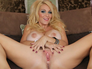 Sultry Mom Charlee Chase In trouble with Her Snutch