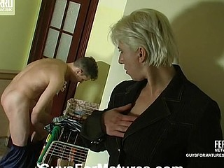 Penny&Mike horny mommy on integument
