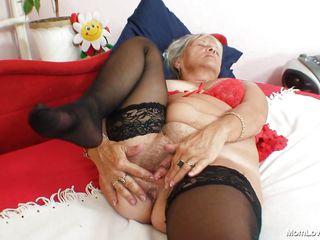 granny blonde slattern fingering her vagina