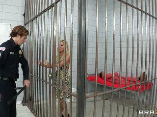 horny sluts in prison having fun