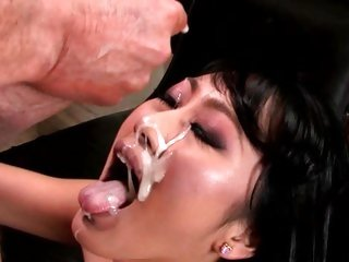 Evelyn Lin gets their way exposure plastered hither hot jizz