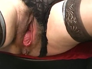 Bizarre mature extreme pussy gaping