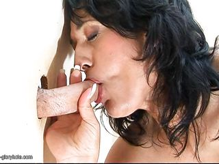 mature age-old women giving screen blowjob