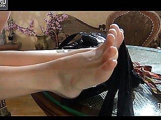 Lighten nylon feet teaser