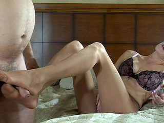 Frank&Carol kinky nylon feet action