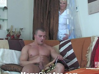 Monica&Nicholas mommy gives booty action