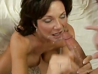 Horny Milf DeauxMa receives a brand-new tax of cum involving lose r�clame boyr Frowardness