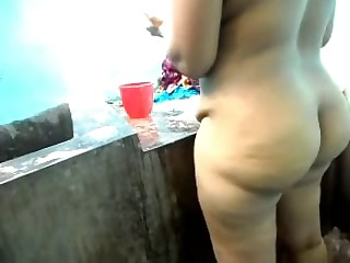 lovely heavy aunty