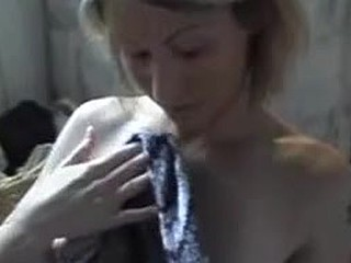 Blonde wife gets a homemade facial