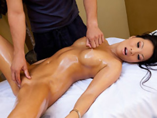 Ugly Kind Of Massage Apropos Asa Akira