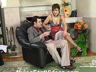 Madeleine&Monty phat nylon feet movie
